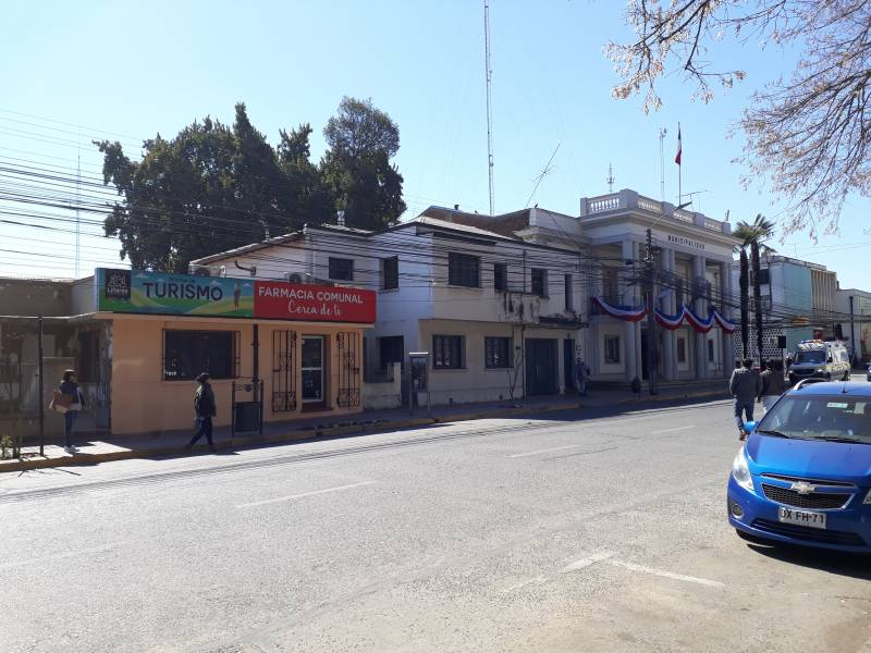 Atractivo y único local frente plaza de armas de la ciudad