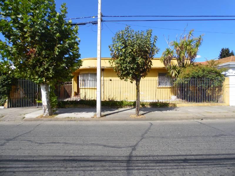 Centrica propiedad en inmejorable ubicación en Linares.