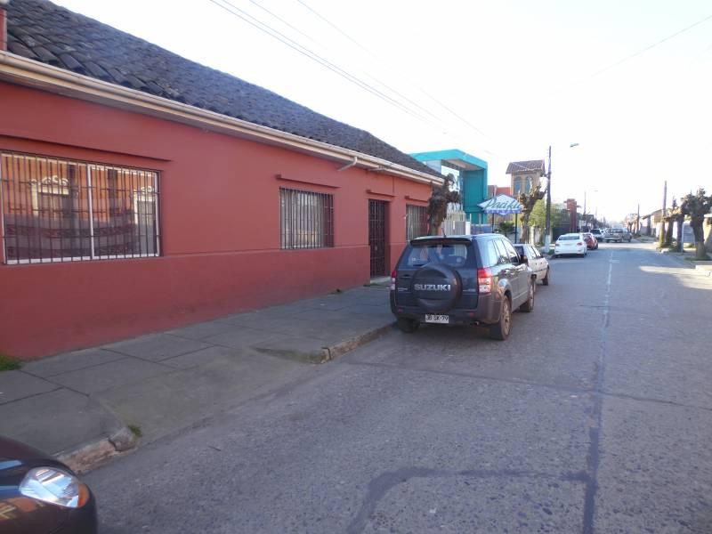 AMPLIA PROPIEDAD EN CENTRICA UBICACIÓN EN LINARES.