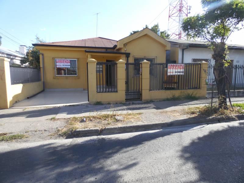 Amplia casa con destino comercial sector centro cerca plaza
