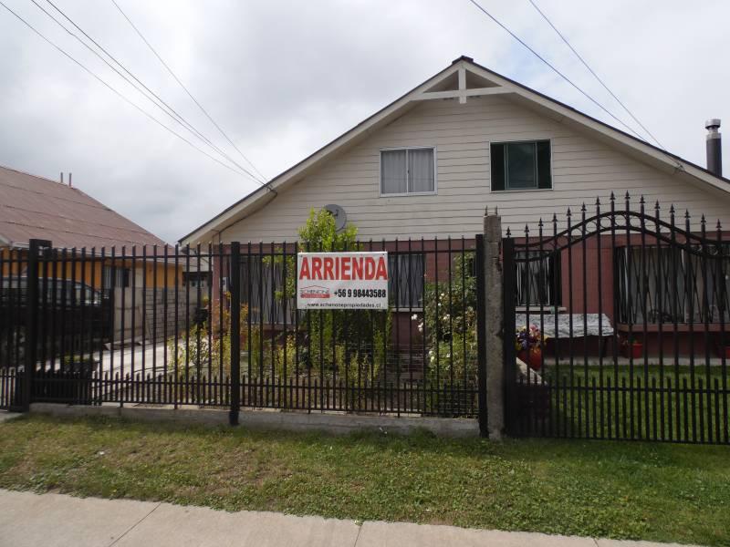 Atractiva casa en avenida coronel de artilleria; Linares.