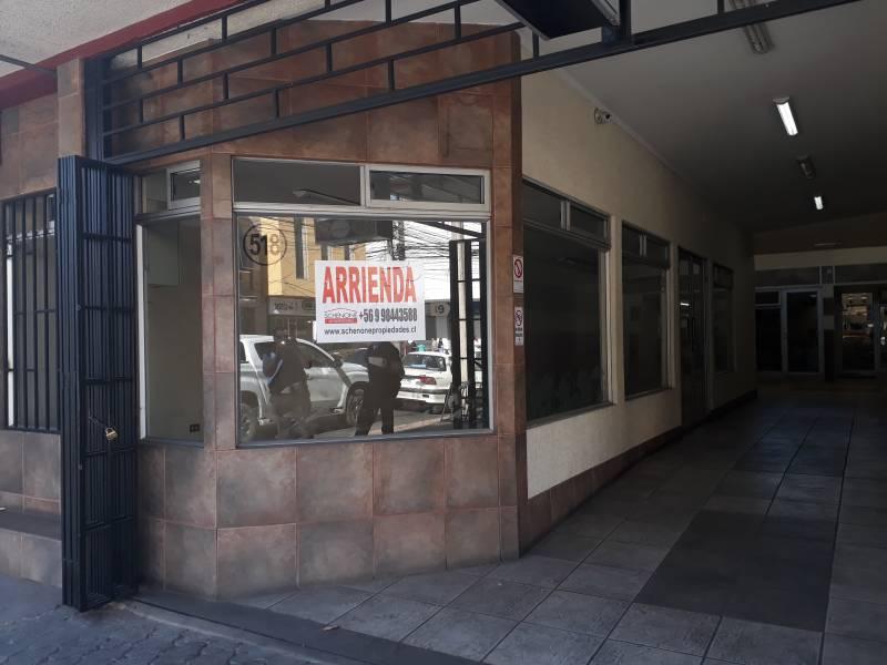 EXCELENTE LOCAL COMERCIAL EN PLENO CENTRO DE LA CIUDAD