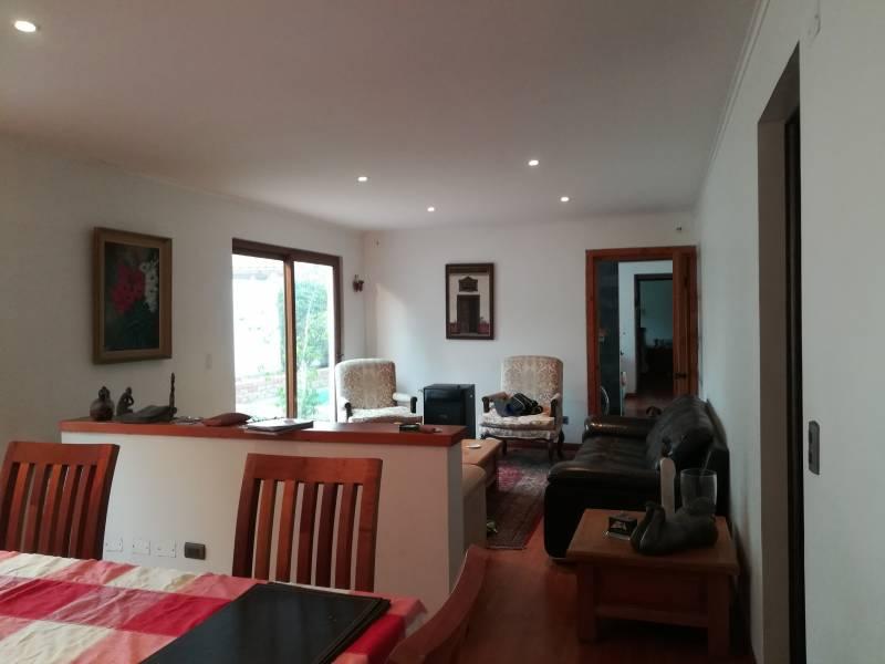 Casa en La Reina. sector  Parque intercomunal