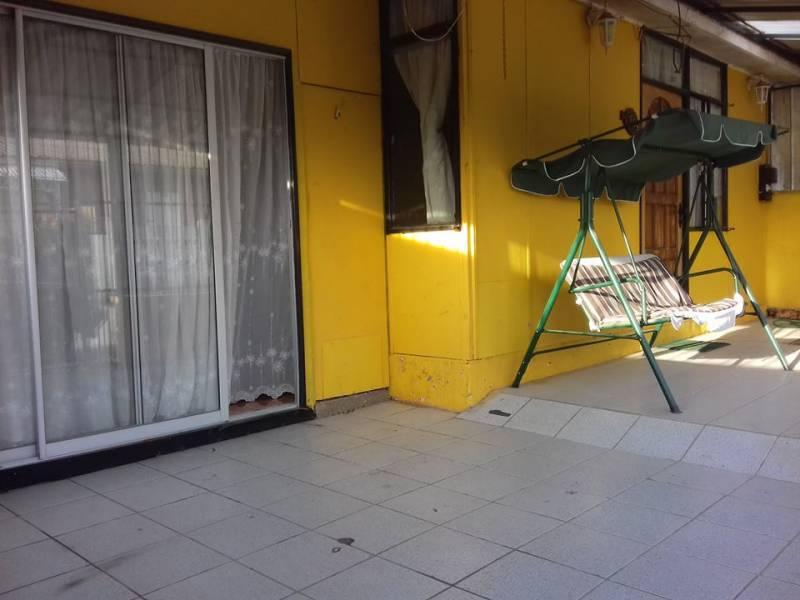 CASA AMPLIA DE 120M2 CONSTRUIDO CON 5D + 2 B EN BELLOTO