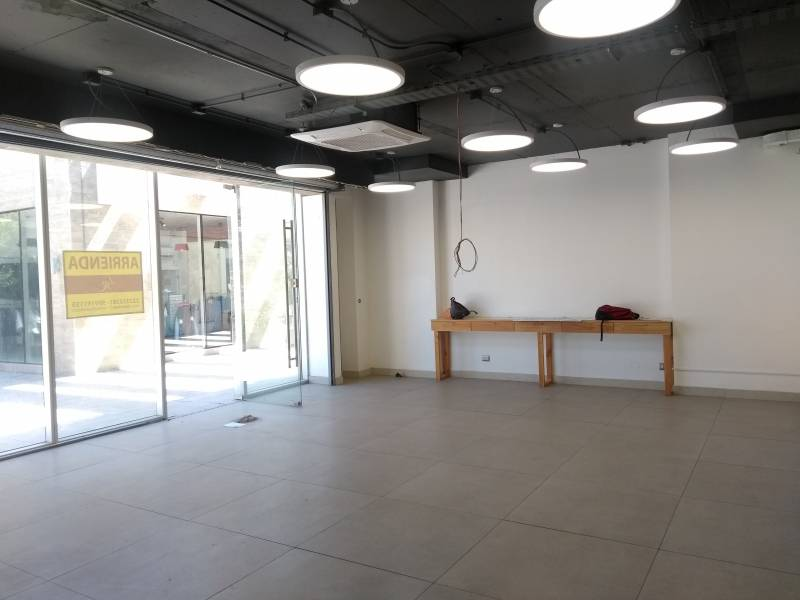 LOCAL COMERCIAL 115 M2