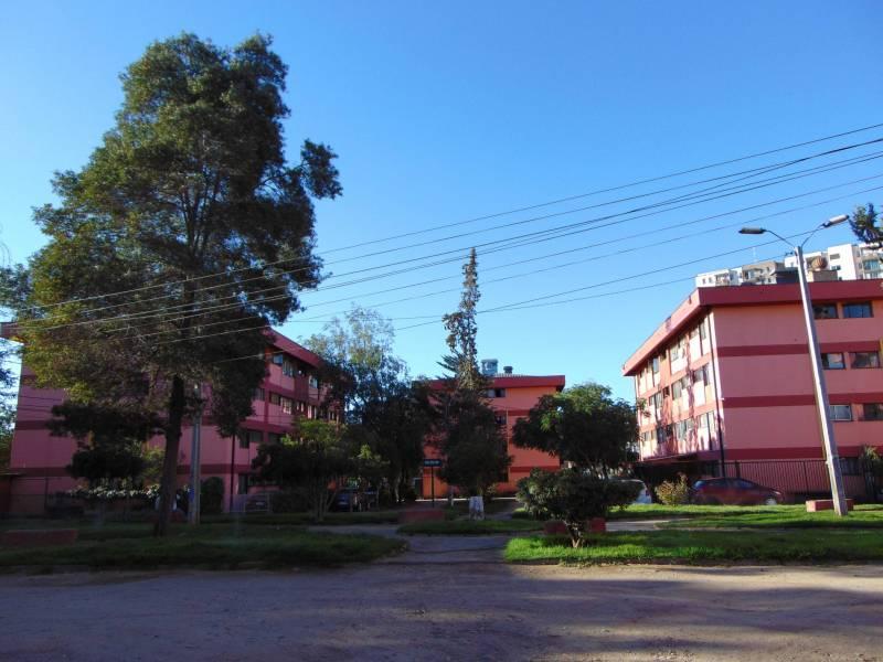 AMPLIO DPTO. CON EXCELENTE UBICACIÓN EN GRAN AVENIDA