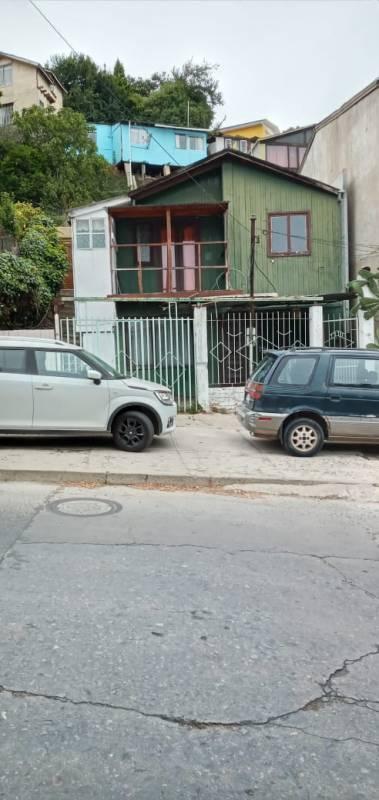 VENDO PROPIEDAD UBICADA EN SUBIDA CONCÓN, VIÑA DEL MAR.