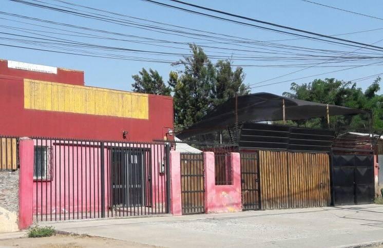 PROPIEDAD COMERCIAL EX COLEGIO 5 SALAS, 4 OFICINAS, CASINO