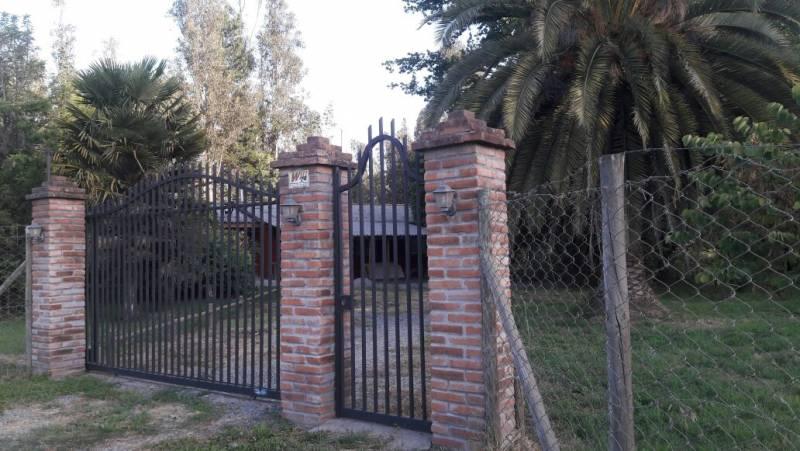 SE VENDE CASA ESPECTACU EN LA FLOR  KM 2 CAMINO A PANIMAVIDA