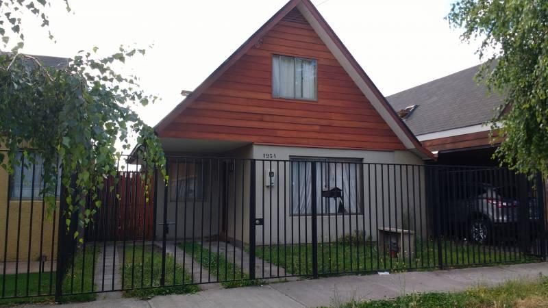 Casa ubicada en Parques Sor Vicenta II, Los Angeles