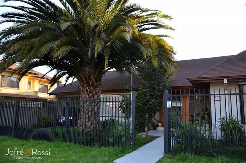 Se Vende Casa en Condominio Doña Raquel, Los Angeles