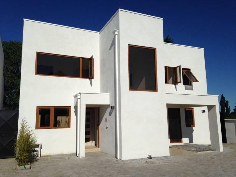 Casa Sector con excelente ubicacion y plusvalia Los Angeles