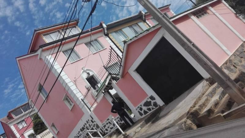 HERMOSA CASA EN LA CUIDAD DE VALPARAÍSO