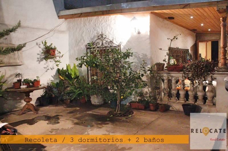 HERMOSA CASA EN RECOLETA, CONSTRUCCIÓN NUEVA. 3D+2B