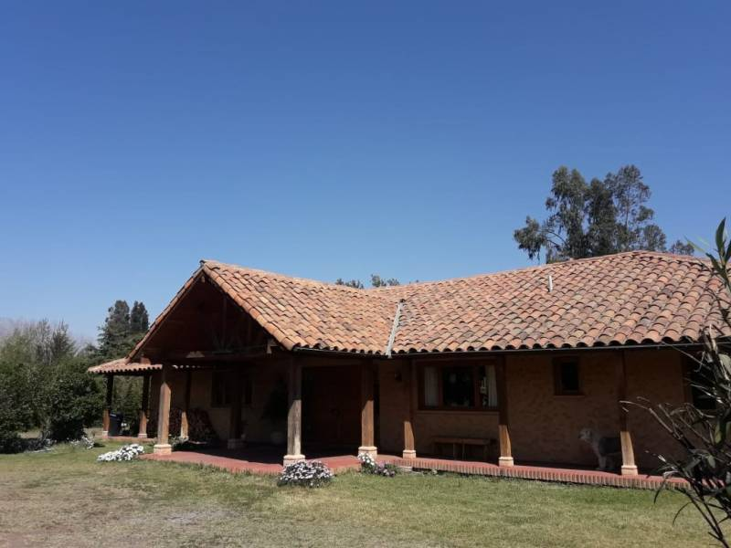 CASA ISLA DE MAIPO - CONDOMINIO SANTA SARA