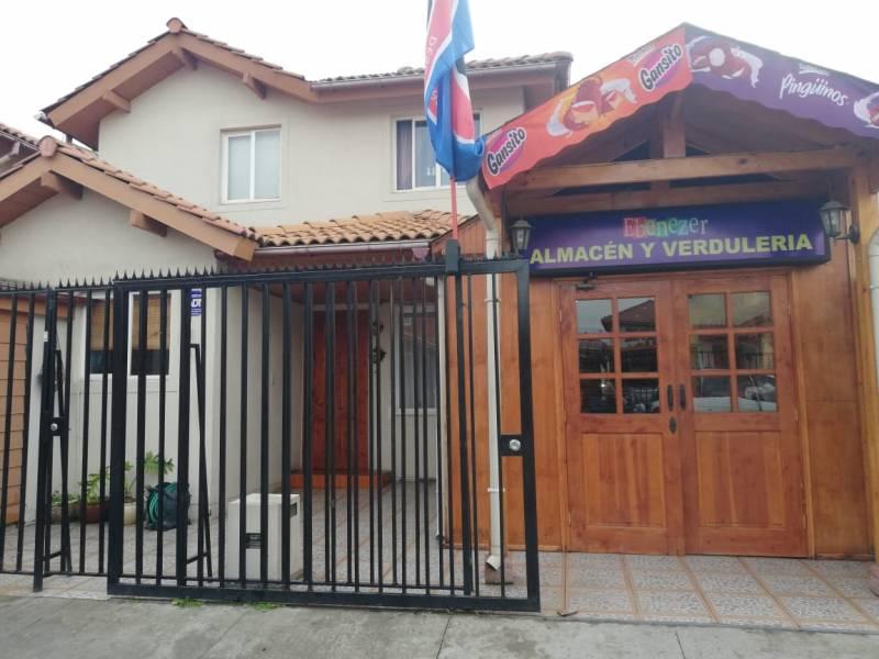 Venta de casa en Las Orquideas de Linderos, Buin