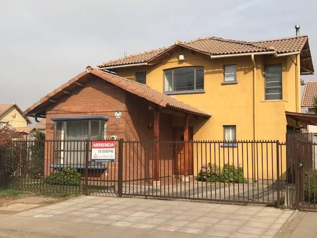 Excelente casa en arriendo Plazas del Valle, Machalí.