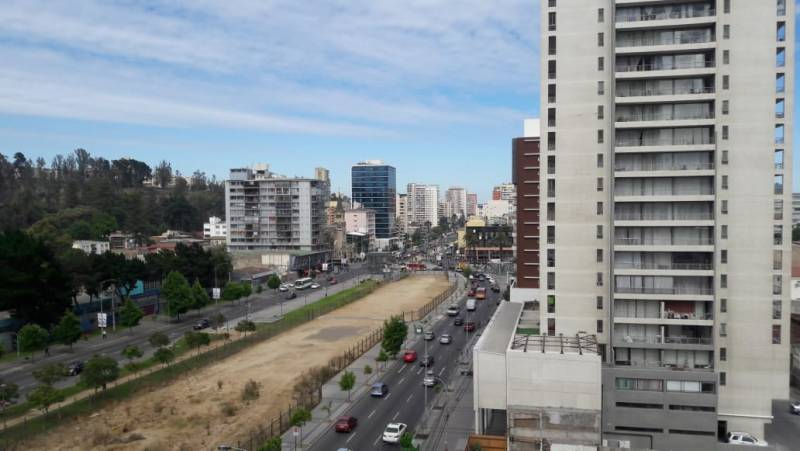 SE VENDE DEPARTAMENTO ESTILO MARIPOSA EN EDIFICIO SUN CITY