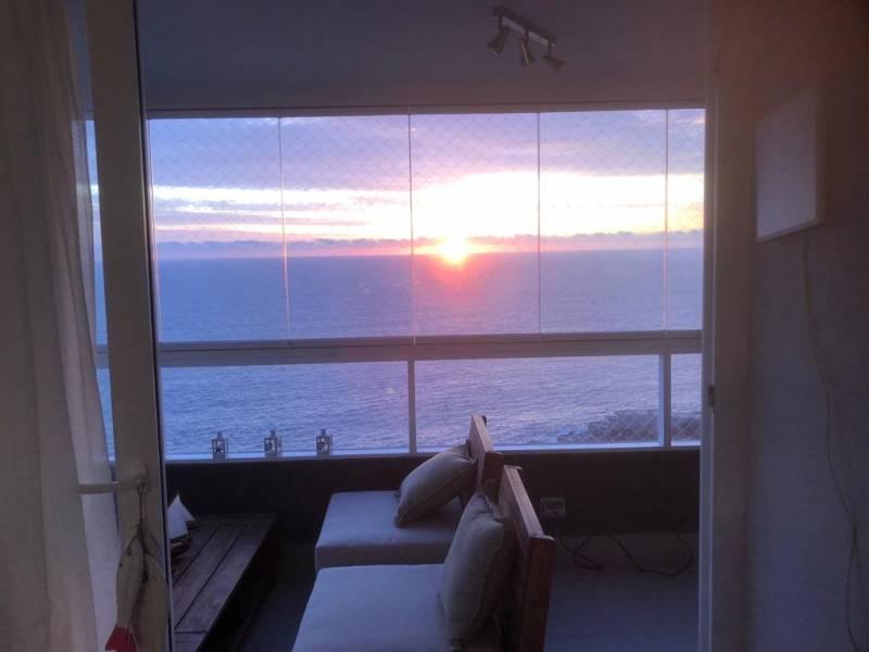 Departamento moderno de 3 dorm. con increíble  vista al mar
