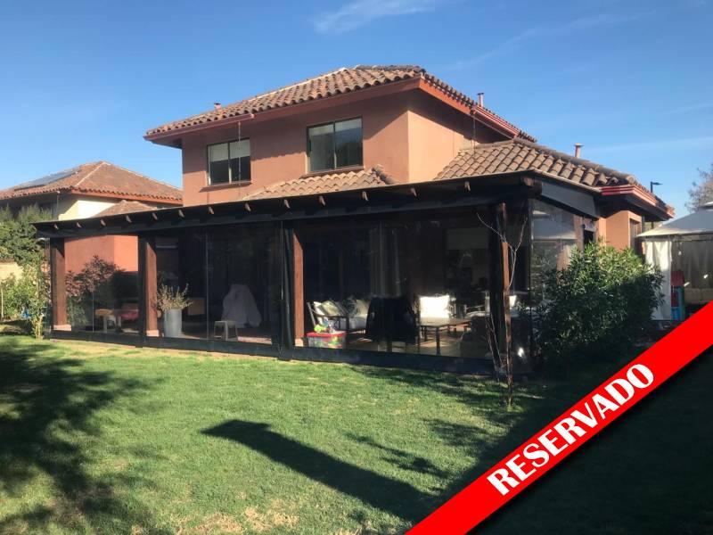 Casa chilena en venta- Santa Elena de Chicureo