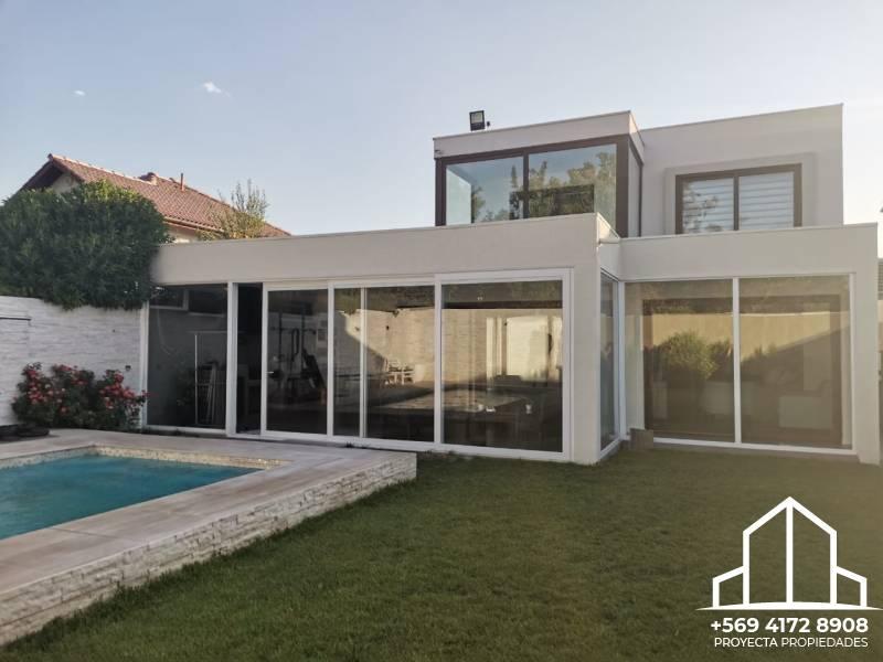 Hermosa casa Mediterránea - Santa Elena de Chicureo