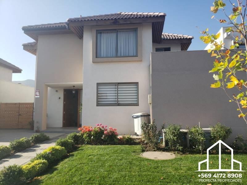 Impecable propiedad-  Los Nogales - Santa Elena de Chicureo