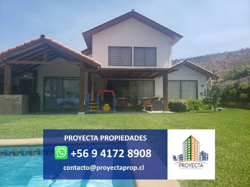 Hermosa casa chilena - Borde Andino Santa Elena