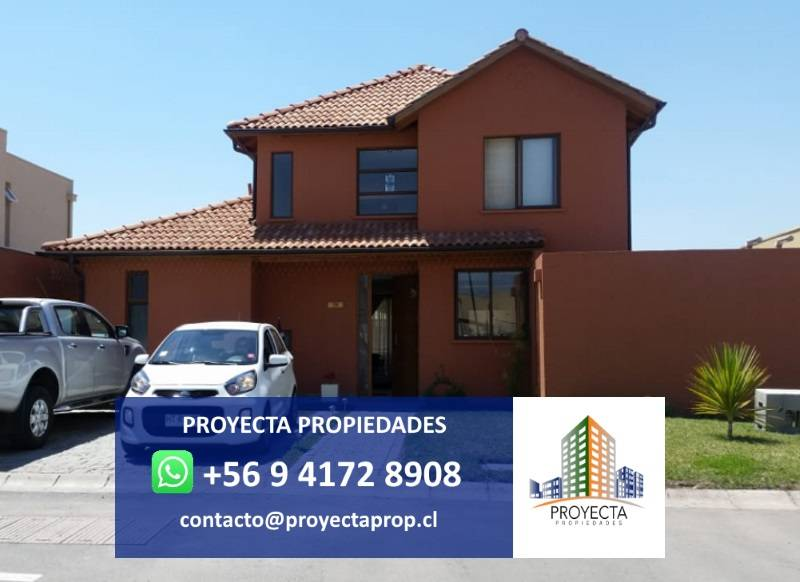 Impecable casa chilena - Santa Elena de Chicureo