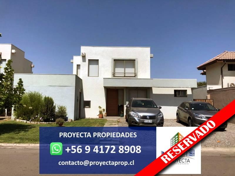 Impecable Casa Los Nogales - Santa Elena De Chicureo