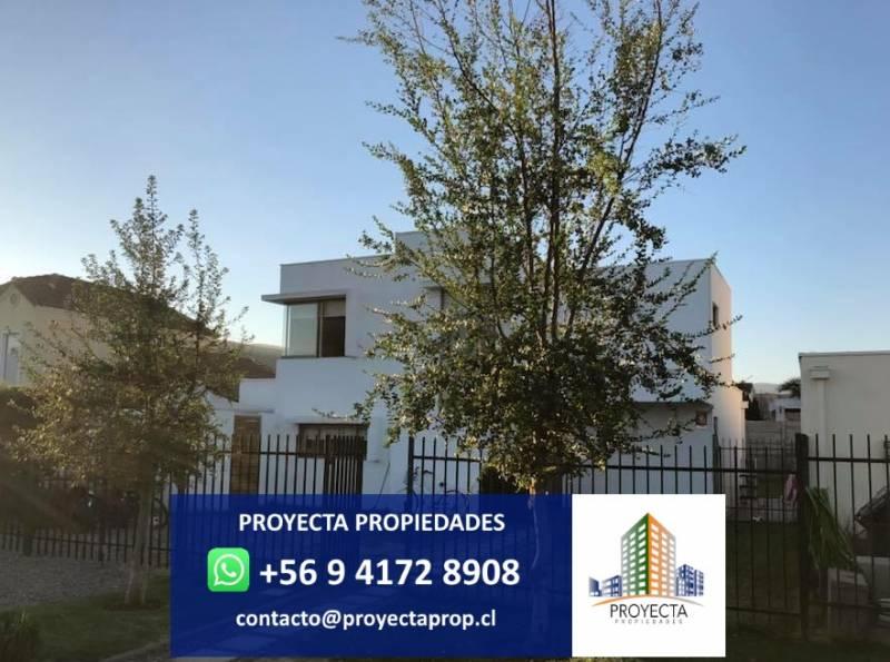 PROPIEDAD ESTILO MODERNO - SANTA ELENA DE CHICUREO