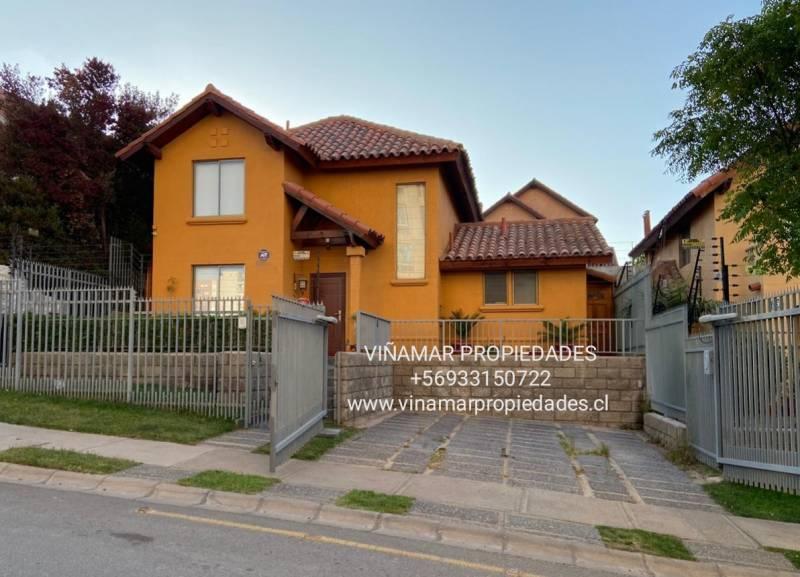 Hermosa Casa en Altos de Viña