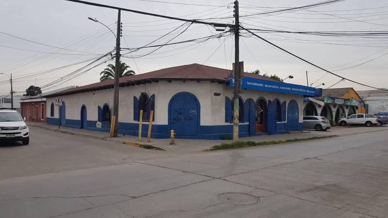 Amplio local comercial en calle Ariztía
