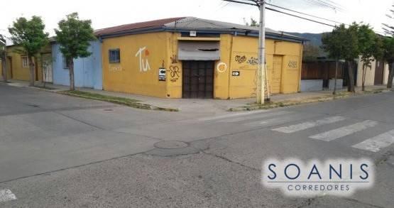Casa habitacional o desarrollo comercial en Quillota