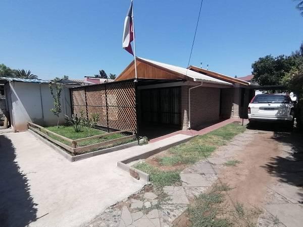 Se Vende Casa Av Tobalaba en Metro Fernando Castillo Velasco
