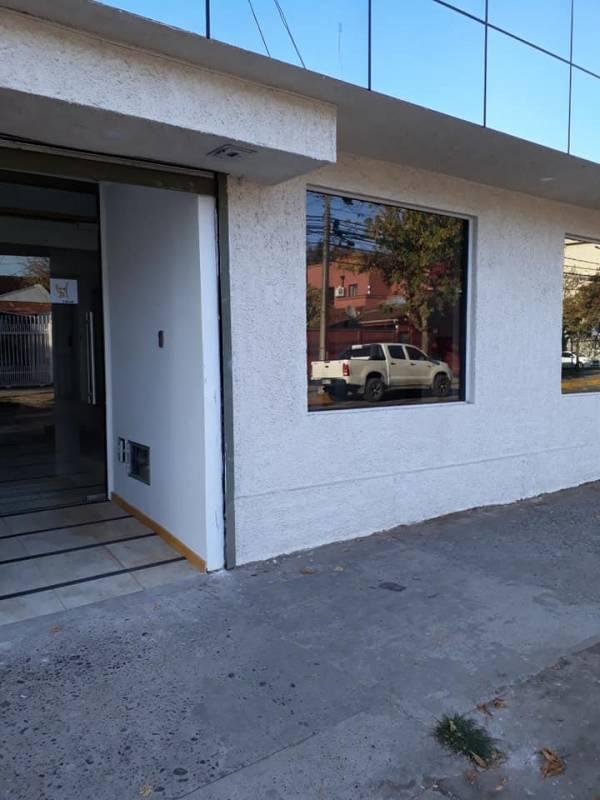Se arriendan céntricas Oficinas en Calle El Roble