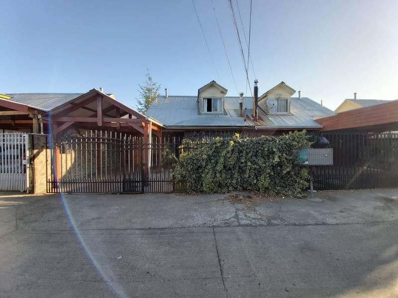 Se vende casa ubicada en Villa doña Rosa