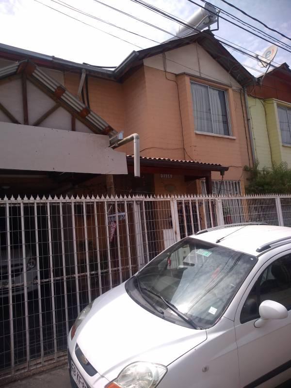 Amplia casa en villa Doña Mabel