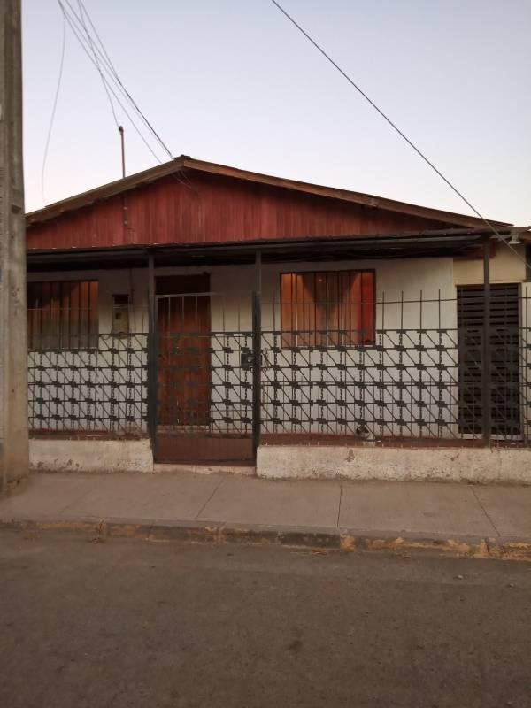 Casa en población Capricornio