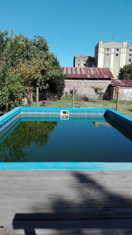 En Limache se vende excelente casa a pasos de estación