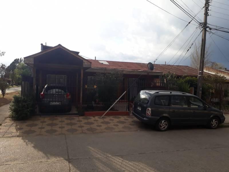 Casa en Manzanal con Dpto Interior