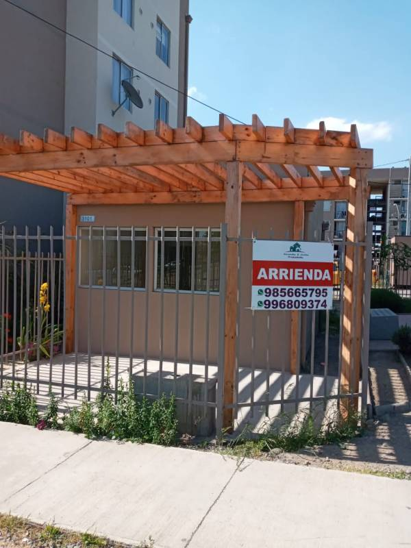 Local Comercial en Villa Los Mantos