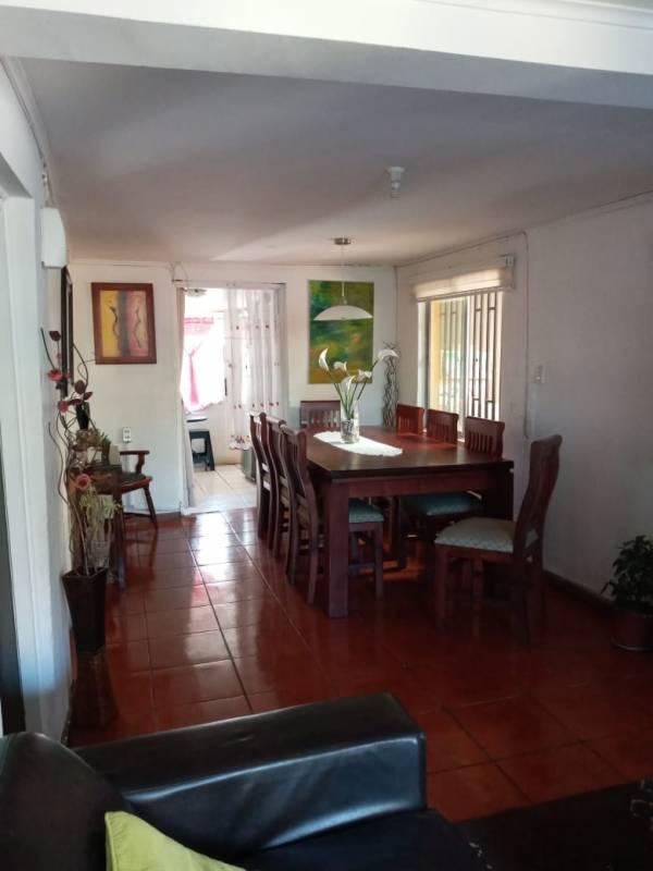 Hermosa casa en sector Oriente de Rancagua