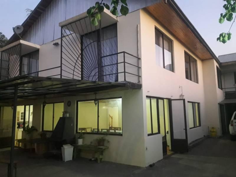 Gran Casa para Oficinas en Curico