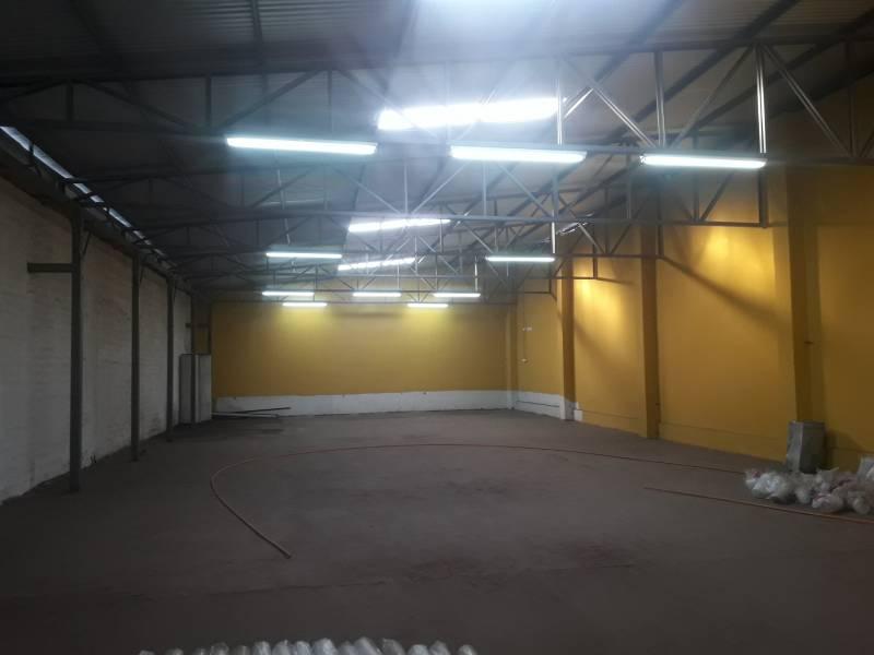 ARRIENDO LOCAL COMERCIAL EN AVENIDA CAMILO HENRIQUEZ