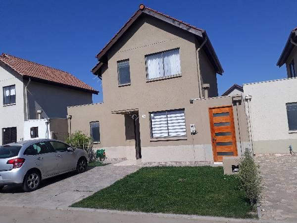Arriendo casa 3D 3B 2E 200mts2, Comuna PAdre Hurtado