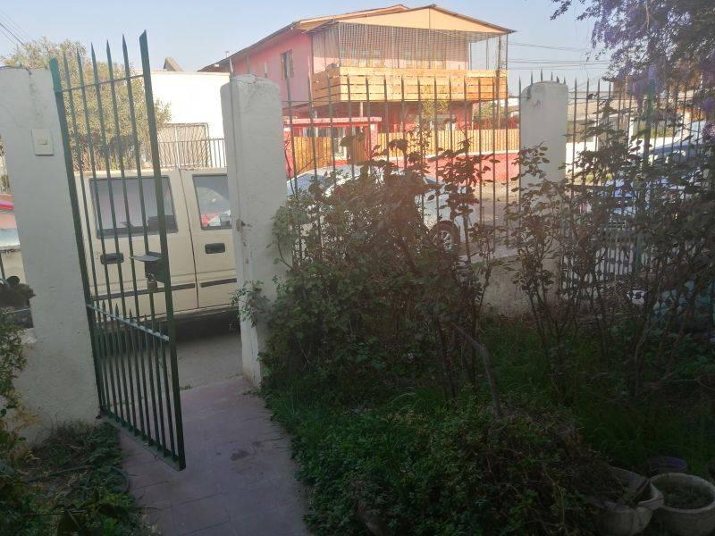 ARRIENDA CASA 2D 1B 2E, 300MTS2, COMUNA LA CISTERNA