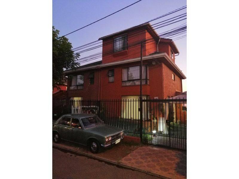 Vende Casa 5D 3B 1B 2E, 135mts2, Comuna de Maipú
