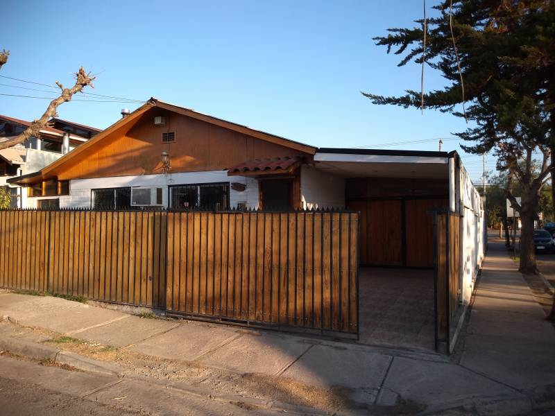 Propiedad Villa El Bosque, Los Andes, Región Valparaíso