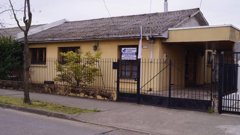CASA CENTRAL EN ARRIENDO PARA OFICINAS