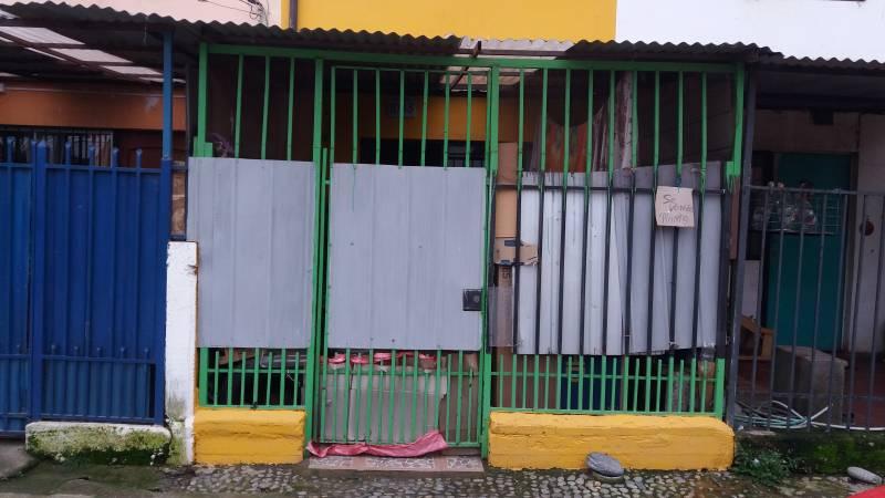 CASA 3 DORMITORIOS, 2 BAÑOS POBLACION HUMBERTO MEZA ROJAS